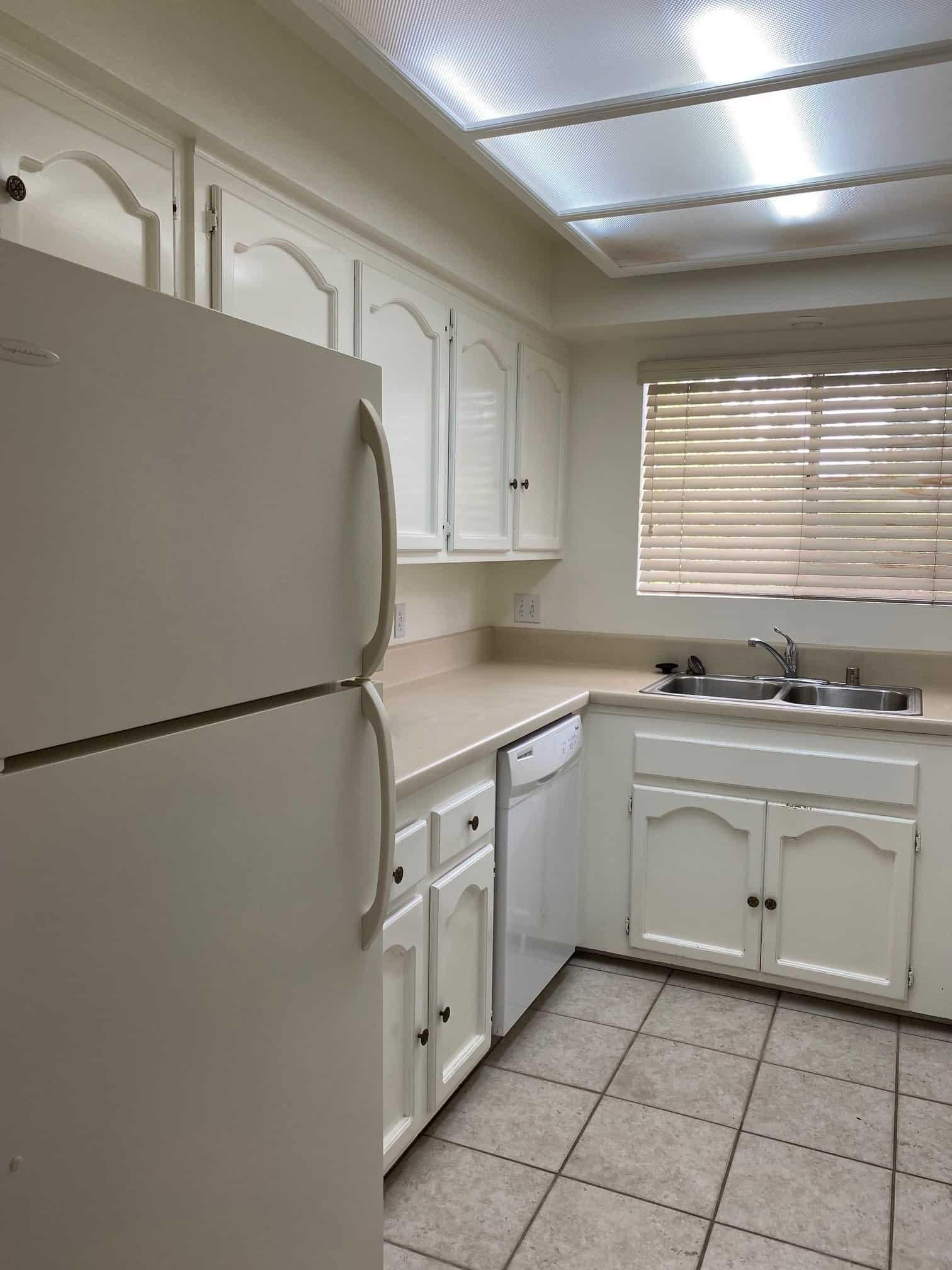 2801 Johnson #6 Kitchen 2