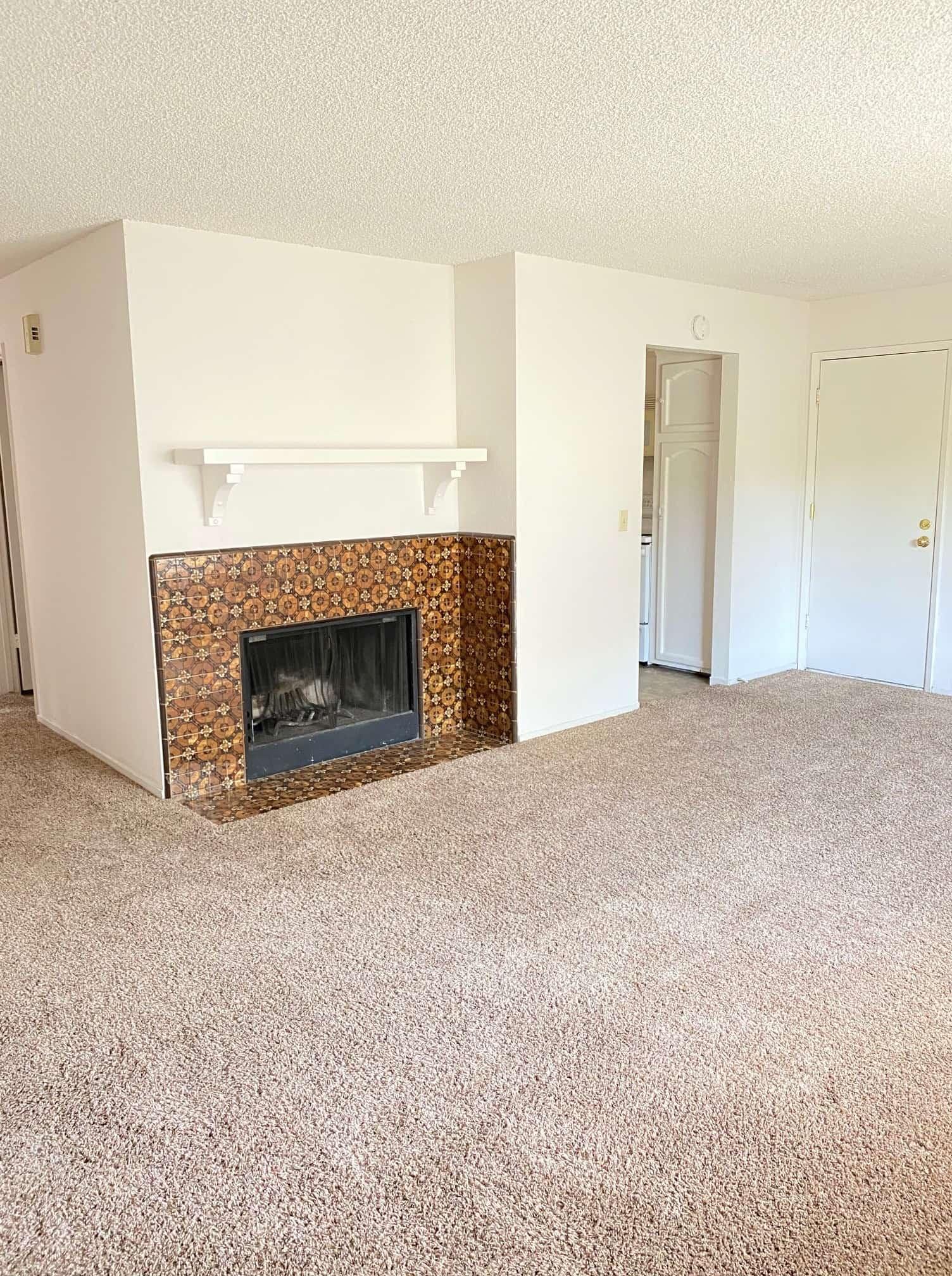 2801 Johnson #2 Living room