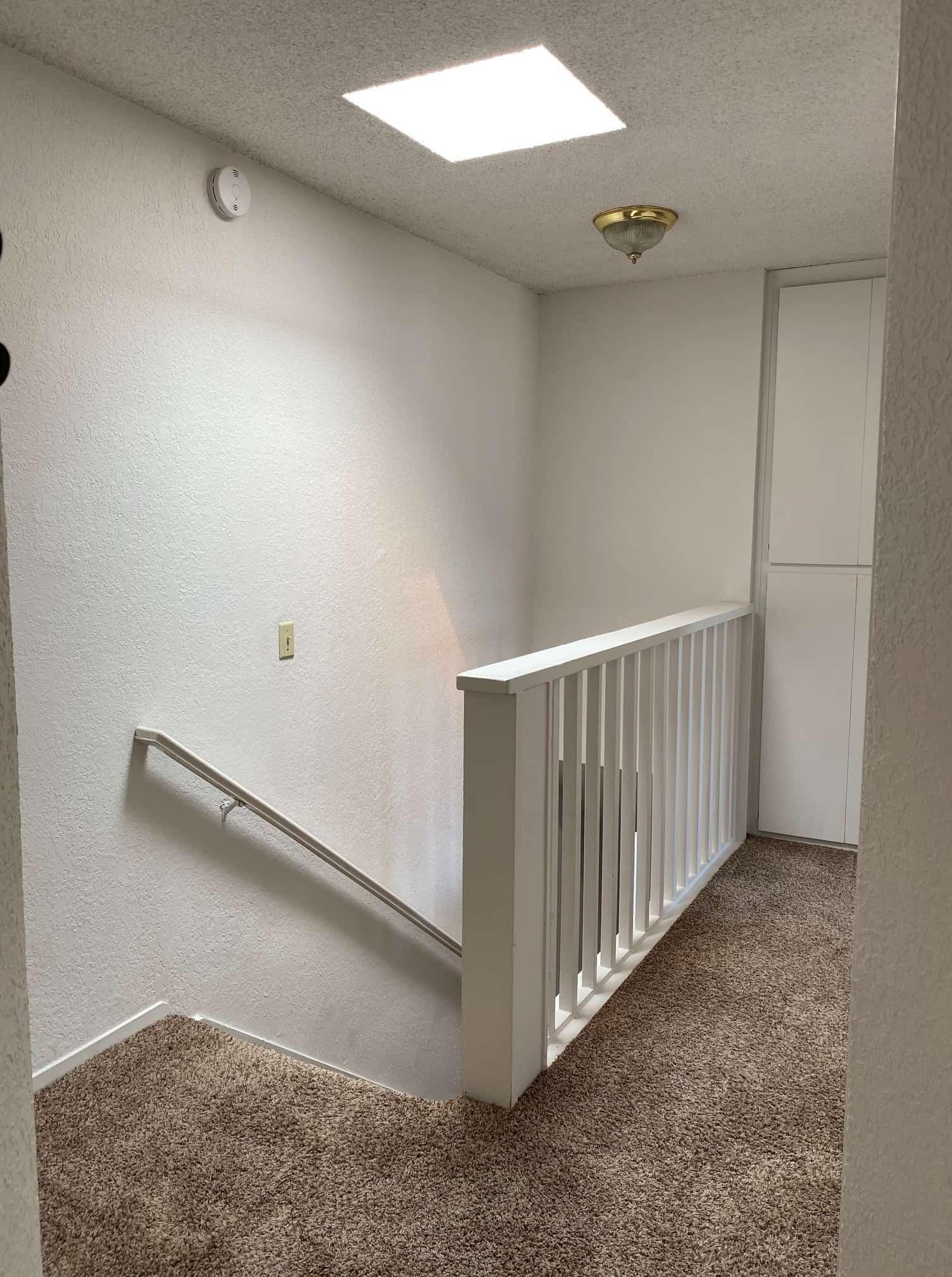 2801 Johnson #2 Upstairs landing 2