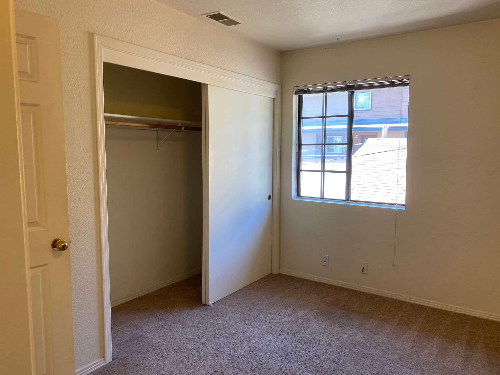 Left bedroom 2