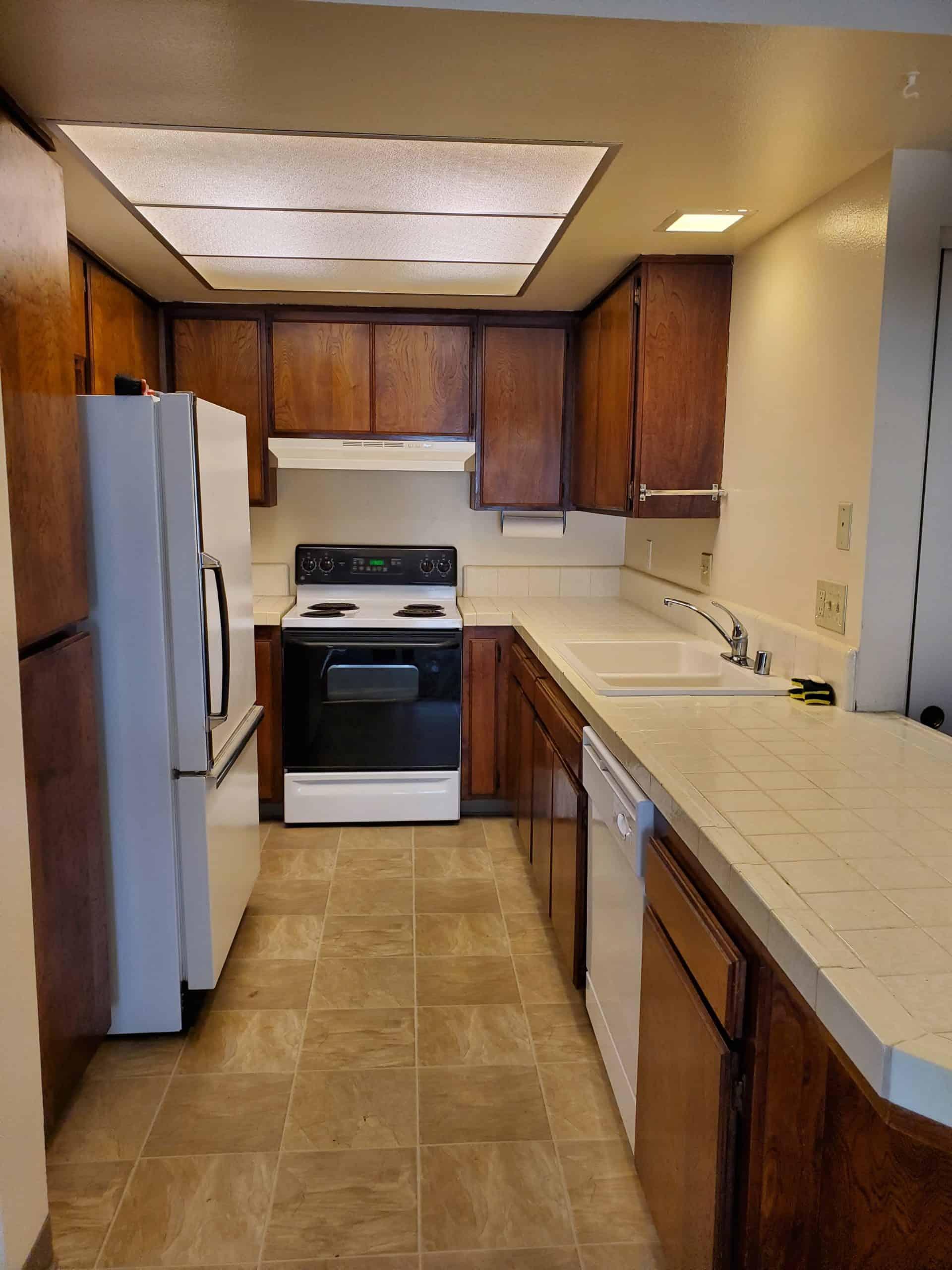 926 Kitchen 2